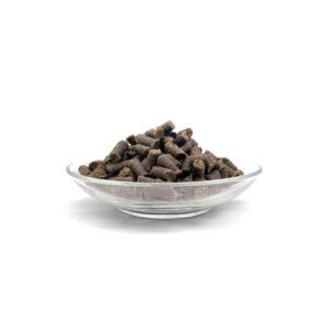 Bellfor Soft Snack Cordeiro O Bellfor Soft Snack Cordeiro é um biscoito 100% natural, saudável e livre de cereais. Com elevado teor de carne de cordeiro e composto apenas por ingredientes orgânicos e aptosaoconsumohumano, são a recompensa saudável e nutritiva, ideal para o seu cão. Processo de fabrico: Prensagem a frio.